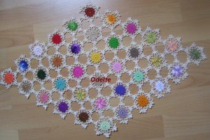 36 couleurs differentes le-triangle-au-crochet-003-300x201